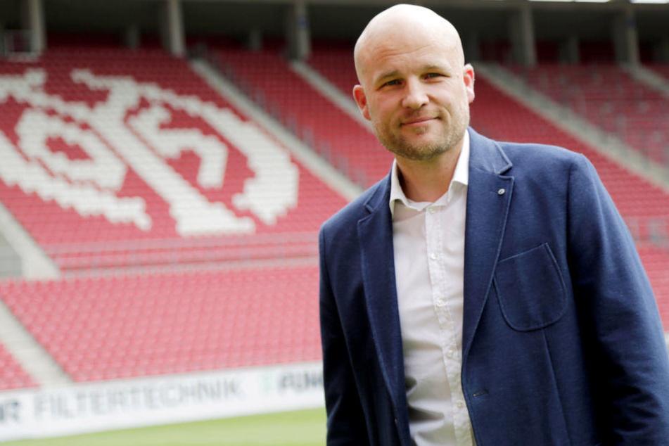 Mainz-Sportvorstand Schröder dementiert HSV-Verhandlungen