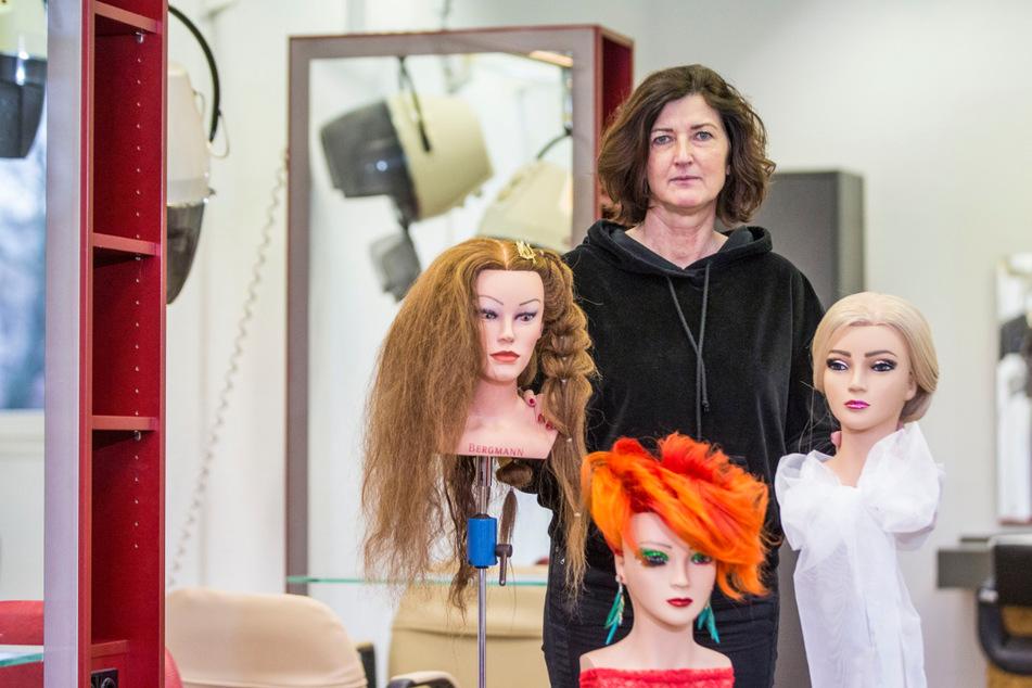 Beatrice Kade-Günther (56) führt die Geschäfte der Friseur- und Kosmetikinnung. Viele ihrer Mitgliederbetriebe bangen wegen Corona um ihren Fortbestand.