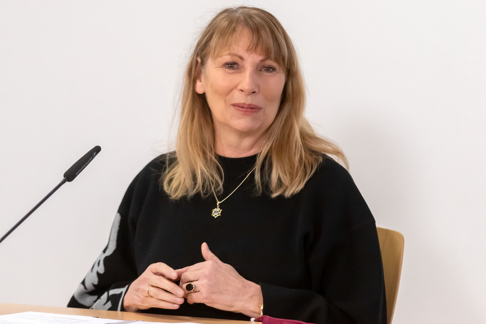 Sachsens Gesundheitsministerin Petra Köpping (62, SPD) kündigte eine Corona-Impfkampagne an.