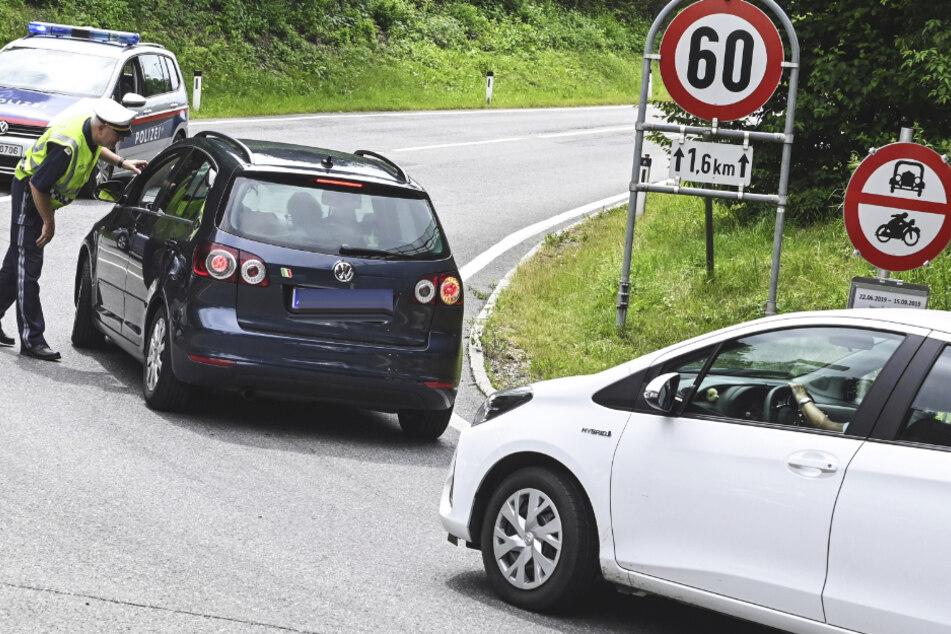 2400 Autos gestoppt! Tiroler Fahrverbote wegen starken Reiseverkehrs