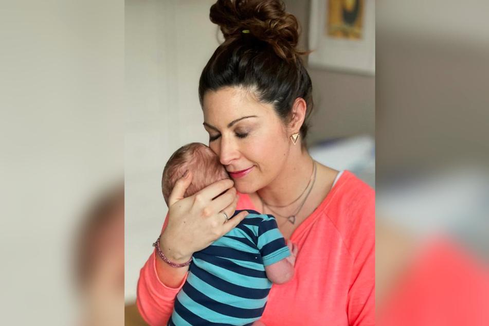 Wie die 40-Jährige jetzt erklärte, war sie 2019 bereits einmal schwanger, erlitt damals jedoch eine Fehlgeburt.
