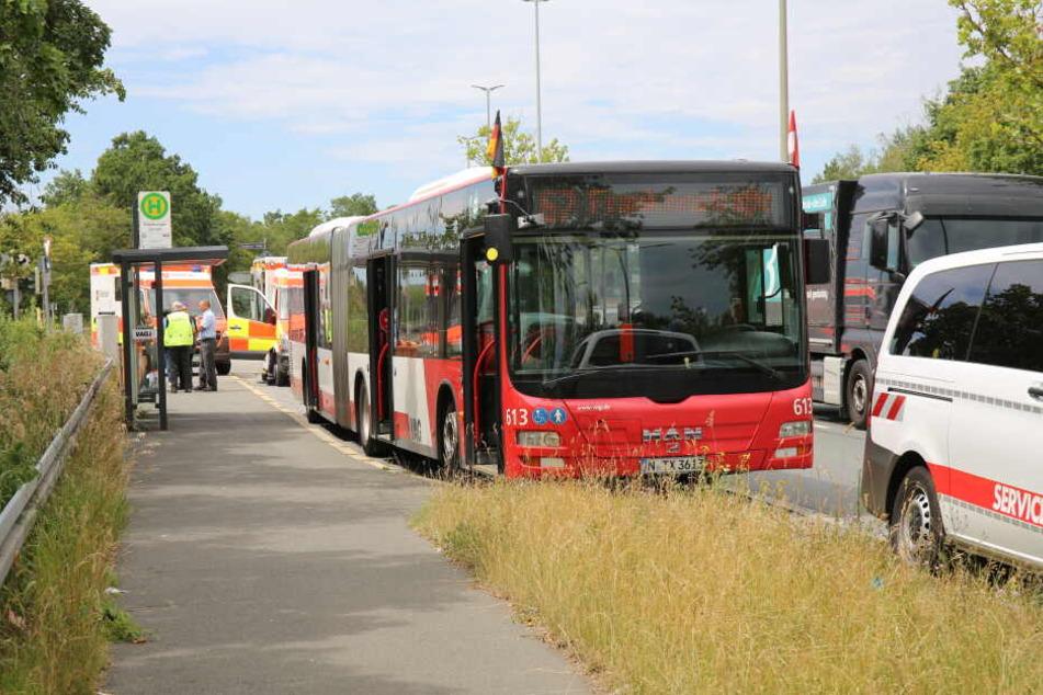 Der Fahrer des Busses geriet in Nürnberg mit einem Fahrgast in Streit.