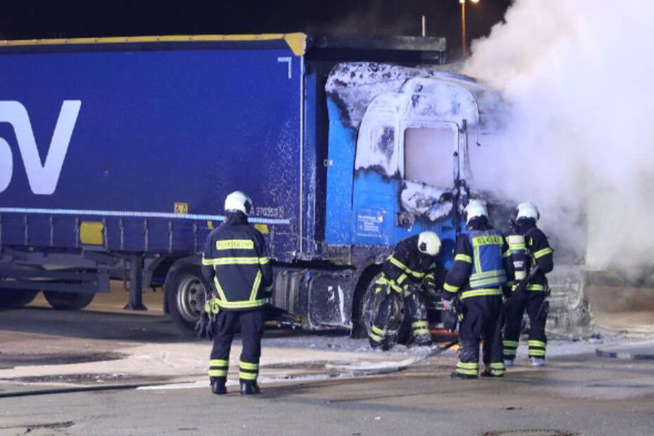 Pförtner rettet Lkw-Fahrer aus brennendem Führerhaus