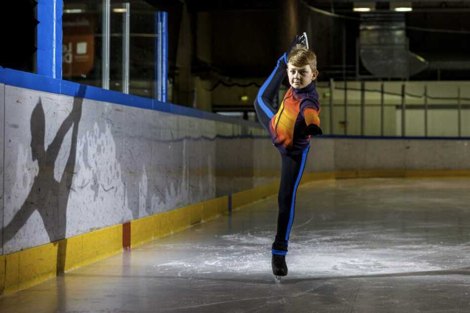 "Lorenz Klaholz (9) darf bei ""Holiday on Ice"" mitlaufen."