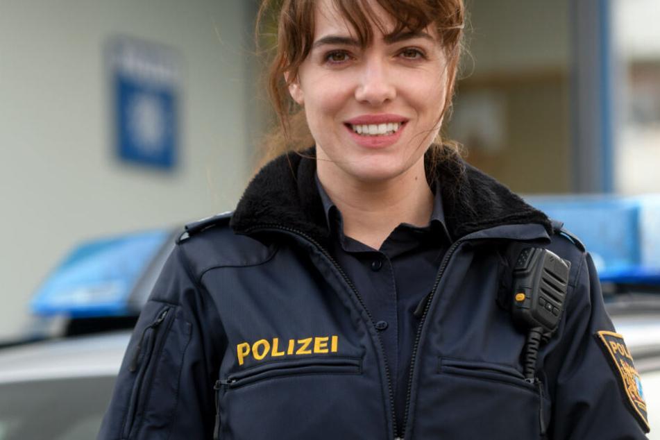 """Die Schauspielerin Verena Altenberger (31), als Elisabeth """"Bessie"""" Eyckhoff, aufgenommen bei einem Pressetermin bei Dreharbeiten zur TV-Produktion """"Polizeiruf 110""""."""
