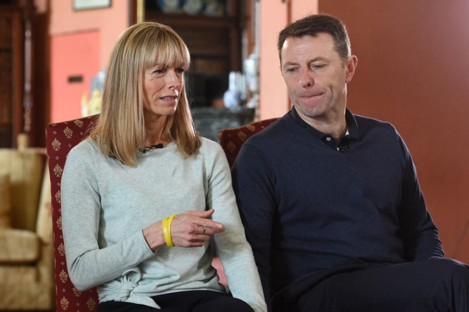 """Sie würden alles tun, was notwendig sei, damit ihre Tochter gefunden wird: """"Maddies"""" Eltern Kate und Gerry McCann."""