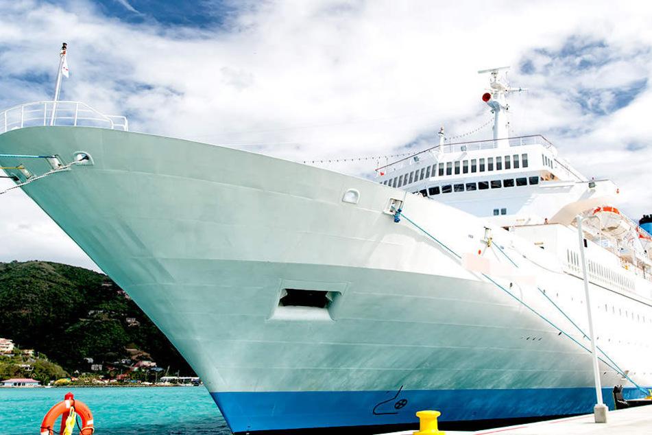 Auf einem Luxusliner der Virgin Voyages sind Kinder künftig tabu.