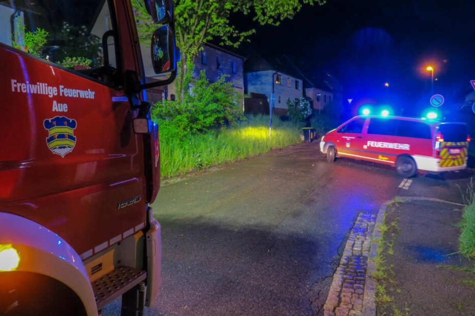 Am Dienstagabend musste die Feuerwehr in Aue zu mehreren Einsätzen ausrücken.