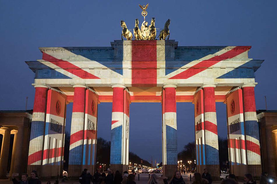 Wird heute das Brandenburger Tor britisch leuchten?