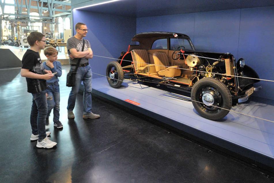 Das Industriemuseum verleiht das Schnittmodell des DKW F7 nach London.