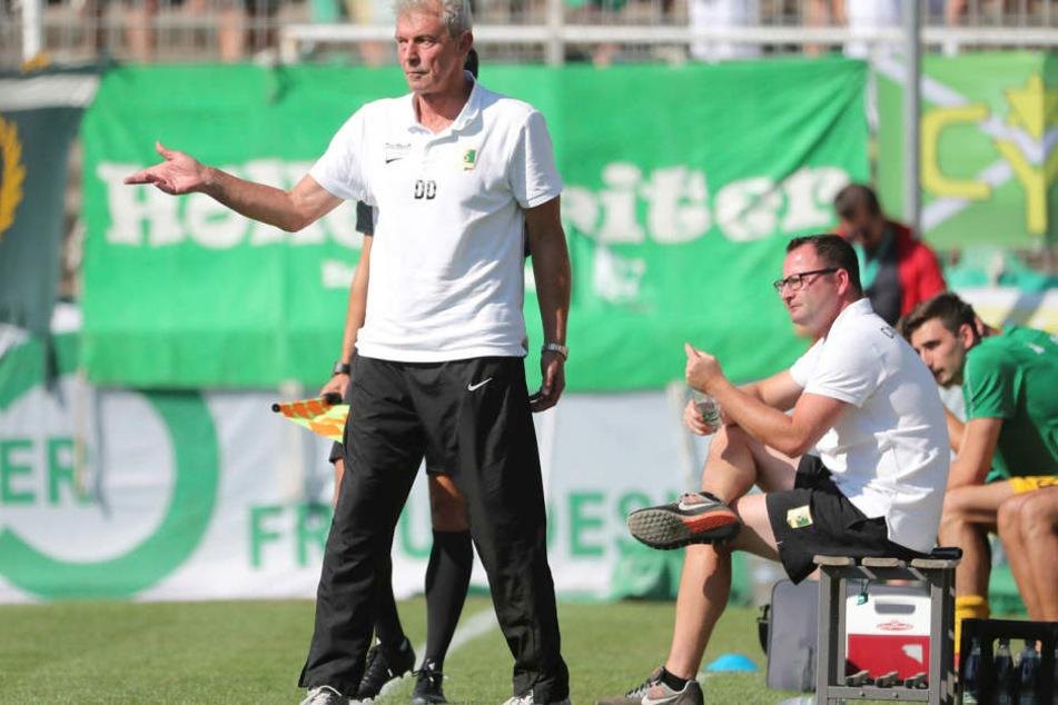 War mit dem Auftritt beim 0:0 gegen Aufsteiger VfL Hohenstein-Ernstthal alles andere als zufrieden.