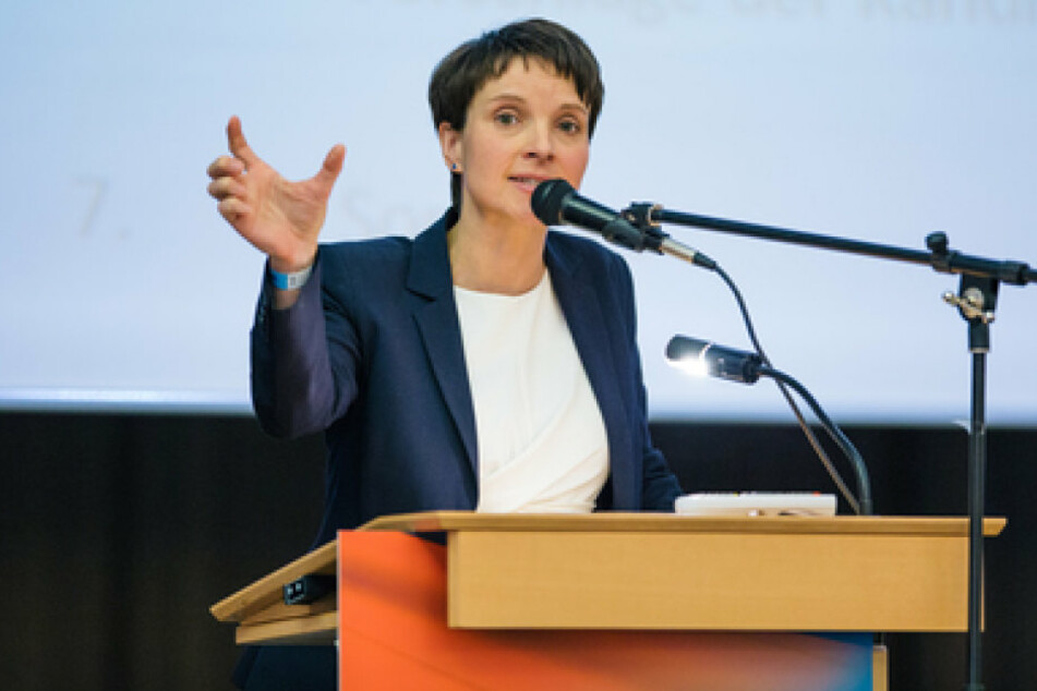 Frauke Petry spricht auf dem Parteitag der Alternative für Deutschland.