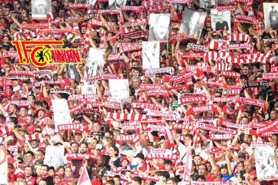 Vor Union-Spiel: Reporter von Fans geschlagen