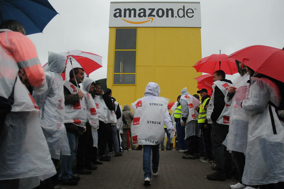 Bei Amazon in Leipzig wird mal wieder gestreikt. (Symbolbild)