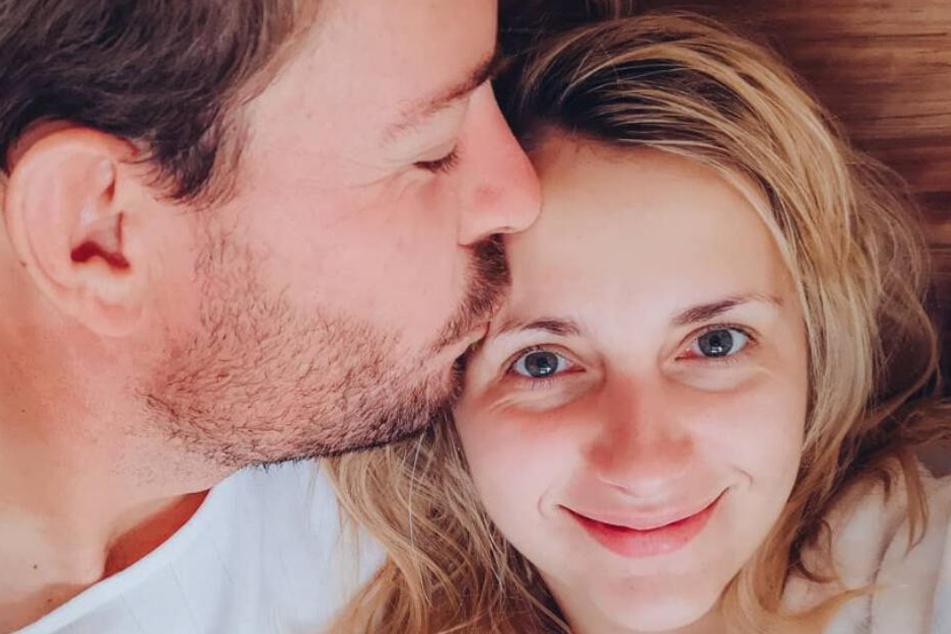 Farmer Gerald (33) und Anna Heiser (29): Noch immer ein Herz und eine Seele.