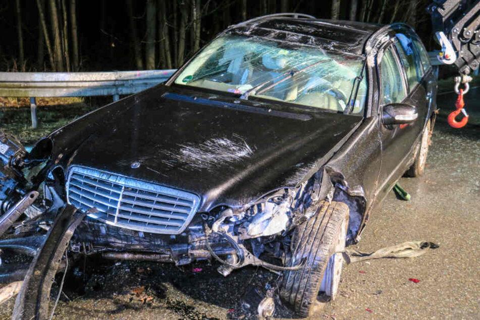 An dem Mercedes entstand ein erheblicher Schaden.