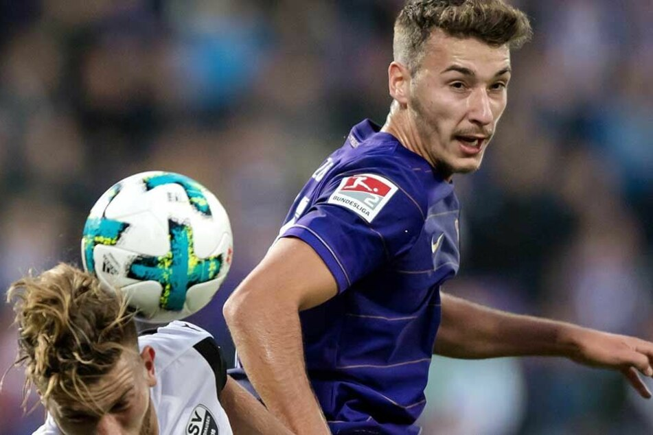Dominik Wydra (re.) ist gegen Düsseldorf wieder als Abwehrchef gefragt.