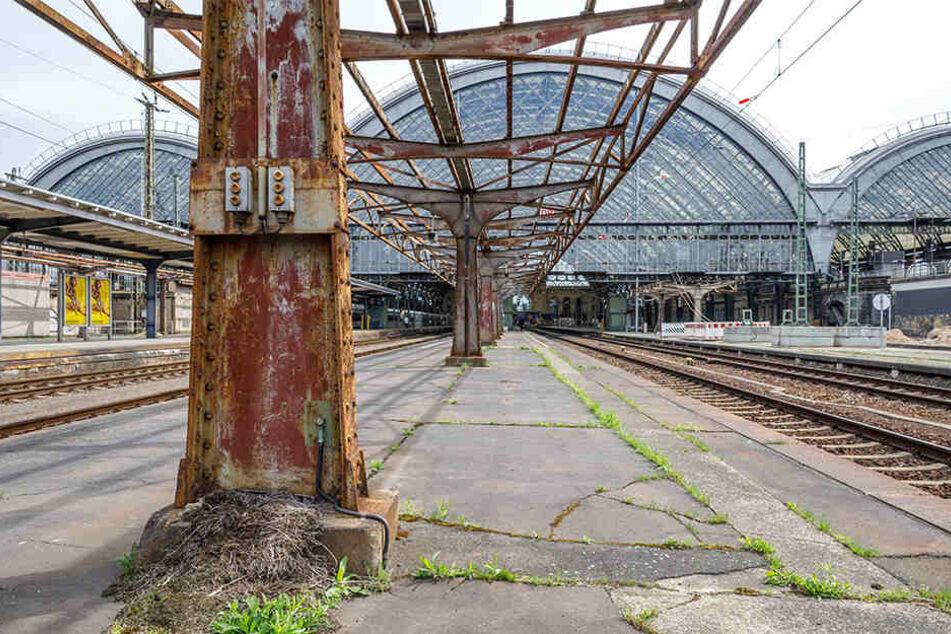 Für 20 Millionen wird im Hauptbahnhof saniert, die maroden Überdachungen verschwinden.