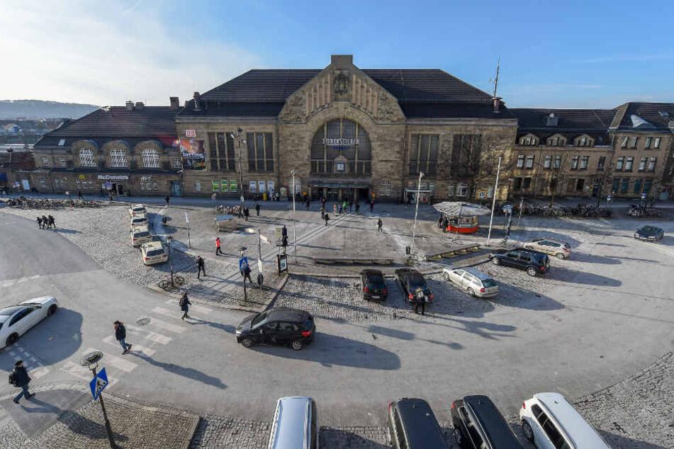 Die kleine dean&david Bude soll den Bahnhofsvorplatz erfrischen.