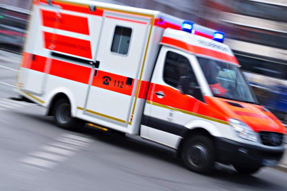 Ein 41 Jahre alter Ladendieb musste von einem Arzt versorgt werden. (Symbolbild)
