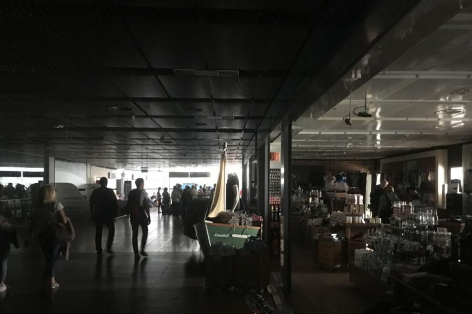 Hamburg: Stromausfall legt Flughafen komplett lahm | Welt