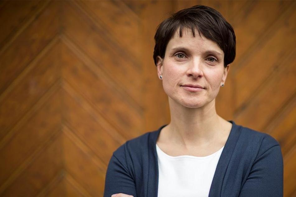 Die Staatsanwaltschaft Leipzig wirft Frauke Petry Subventionsbetrug, Steuerhinterziehung und Untreue vor.