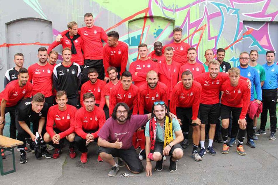 Die FSV-Truppe traf sich zum Paintball - Teambuilding der besonderen Art.