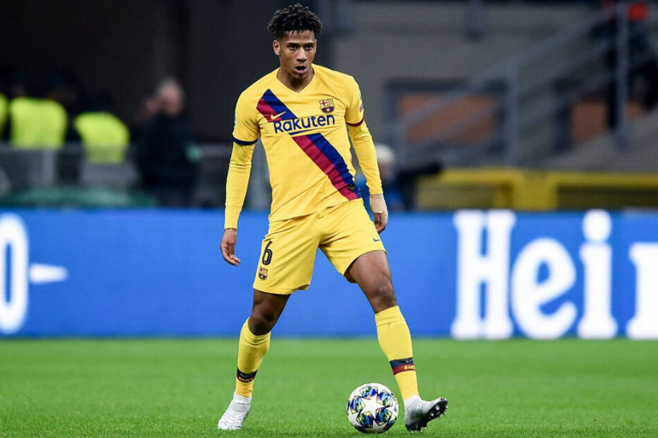 Der FC Schalke 04 hat Jean-Clair Todibo (20) vom spanischen Top-Klub FC Barcelona auf Leihbasis verpflichtet.