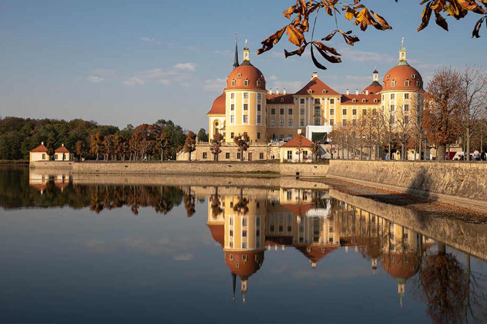 Schloss Moritzburg ist noch bis Anfang kommender Woche fest in der Hand der Filmcrew.