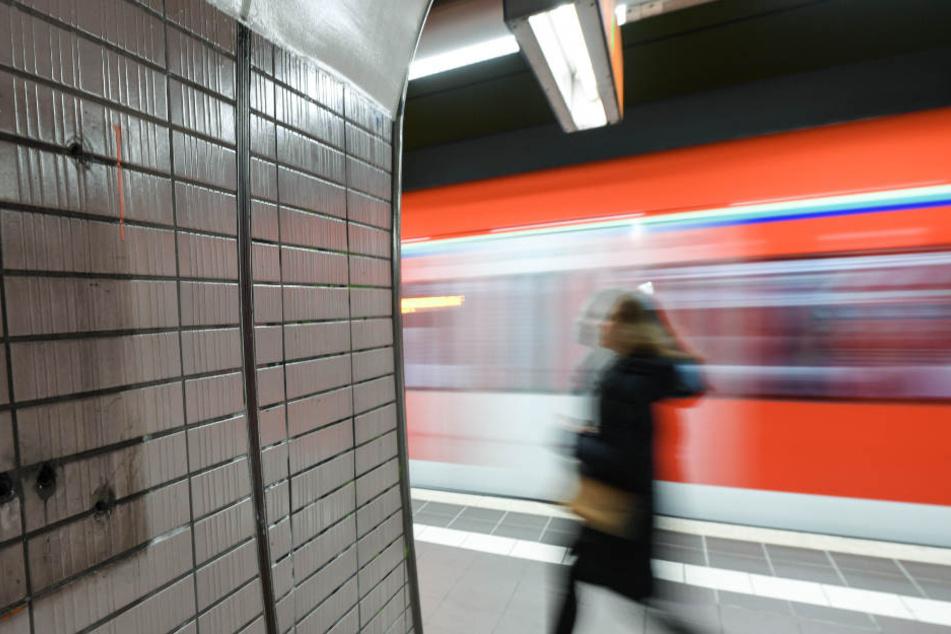 Der Zug bremste in letzter Sekunde (Symbolfoto).