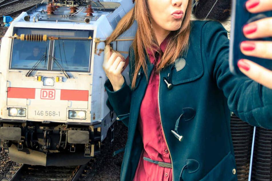 Lebensgefährliche Selfies! Jugendliche knipsen mitten auf Gleisen, dann rauscht ein Zug heran