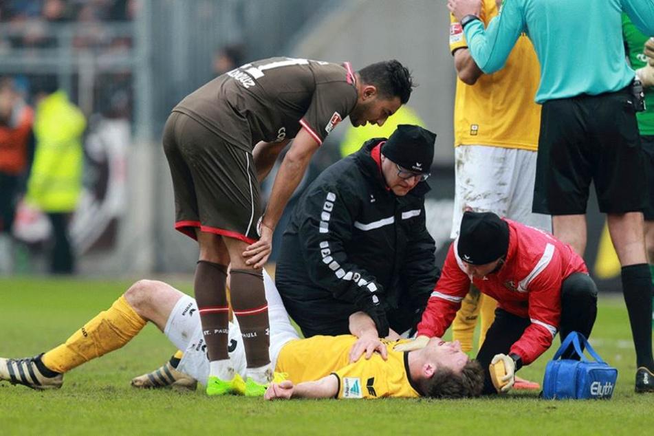 Im Spiel beim FC St. Pauli hatte sich Florian Ballas (am Boden) an der Schulter verletzt. Jetzt ist er wieder fit.