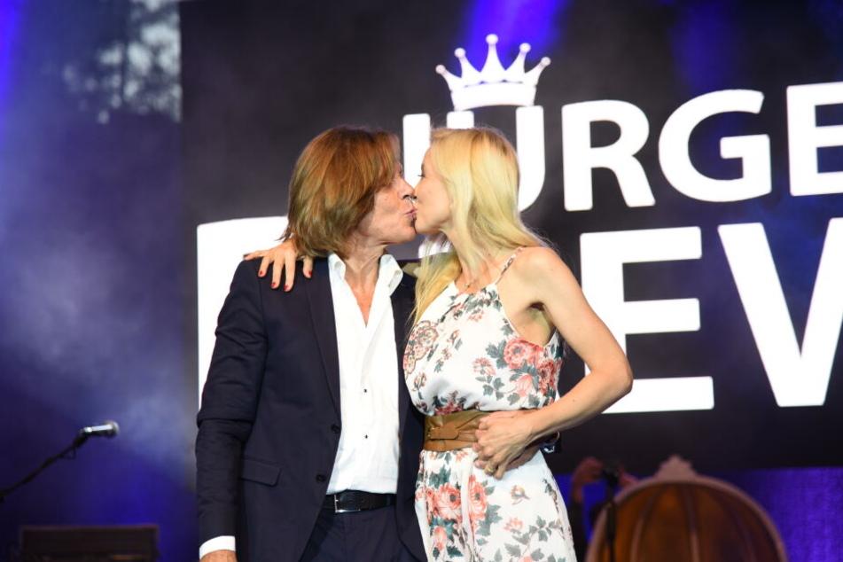 Nach 25 Jahren immer noch verliebt: Jürgen und Ramona Drews.