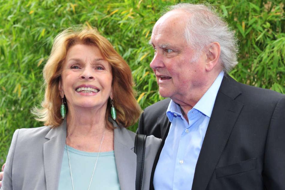 Senta Berger (77) feiert mit ihrem Mann Michael Verhoeven (80).