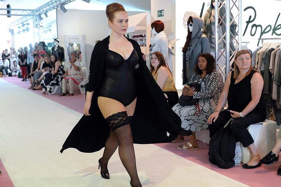 Rund ist in! Das Modehaus Ulla Popken sucht die schönsten Kurven.