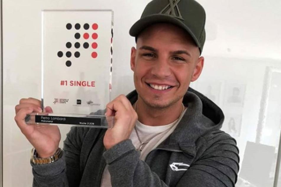 Pietro Lombardi hat mit seinem Award wieder einmal die Chartspitze erreicht!