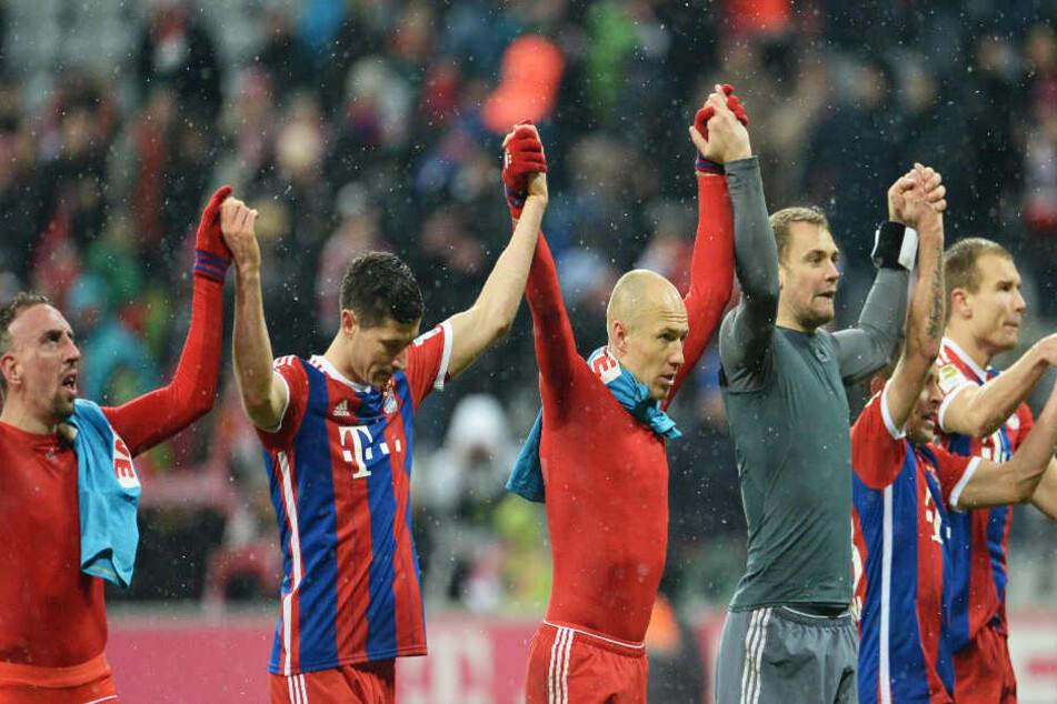 Feierten zusammen viele Erfolge: Franck Ribéry, Robert Lewandowski, Arjen Robben, Manuel Neuer, Rafinha und Holger Badstuber (von links nach rechts).