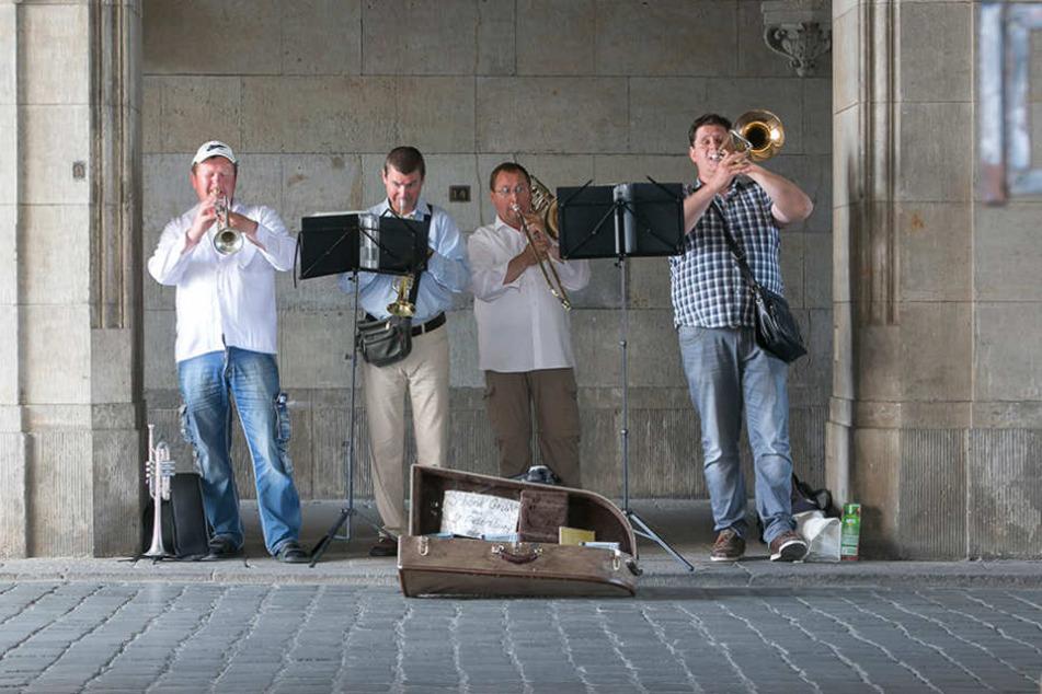 Straßenmusiker: Rathaus vergeigt die neue Regelung
