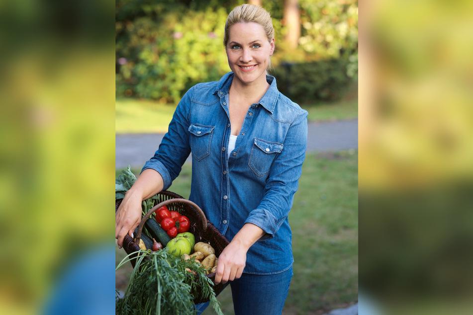 """In ihrem neuen Buch """"Homefarming"""" schreibt Judith Rakers auch über den Gemüseanbau."""