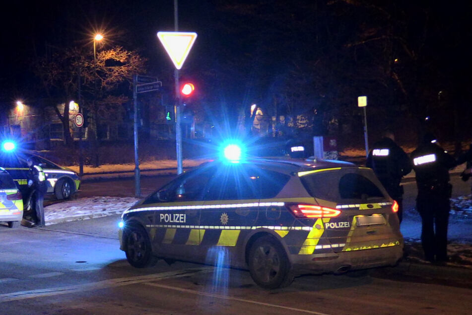 Messer-Attacke in Düsseldorf: 17-Jähriger stach offenbar mehrmals auf Mann ein