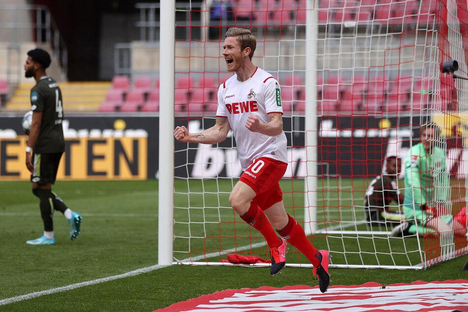 Florian Kainz (27) jubelt nach seinem Kopfballtreffer zum 2:0 für den 1. FC Köln gegen Mainz.
