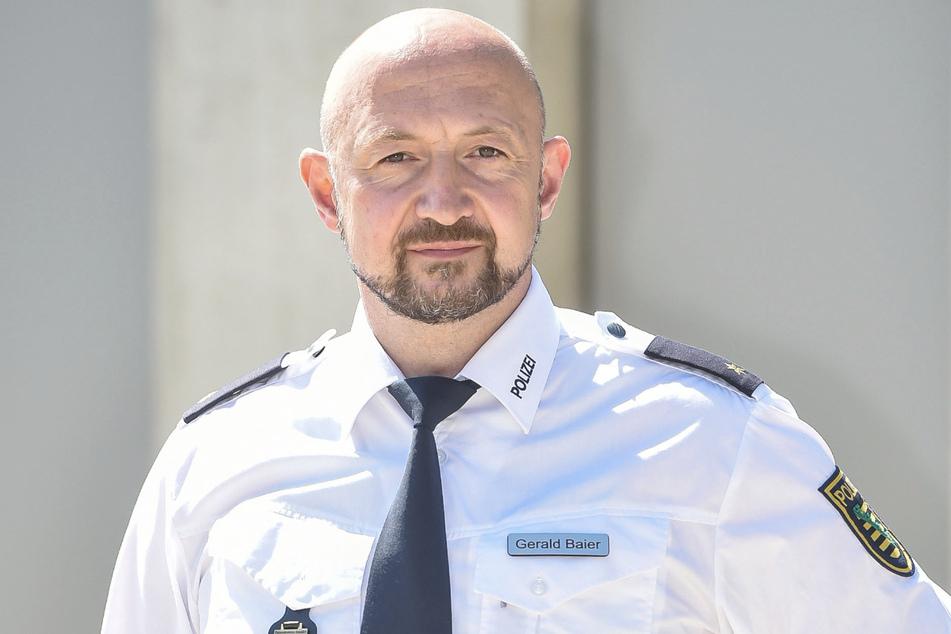 Sorgt für Ordnung an Radkrampffront: Gerald Baier (43), Chef der Dresdner Verkehrspolizeiinspektion.