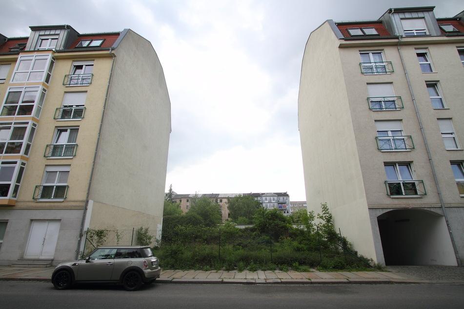 Die Tat geschah auf der Wachsbleichstraße in Dresden-Friedrichstadt.