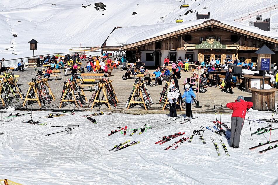 Auf nach Österreich in der kommenden Wintersportsaison? Auf den Pisten im Land gilt die sogenannte 3G-Regel. (Symbolbild)
