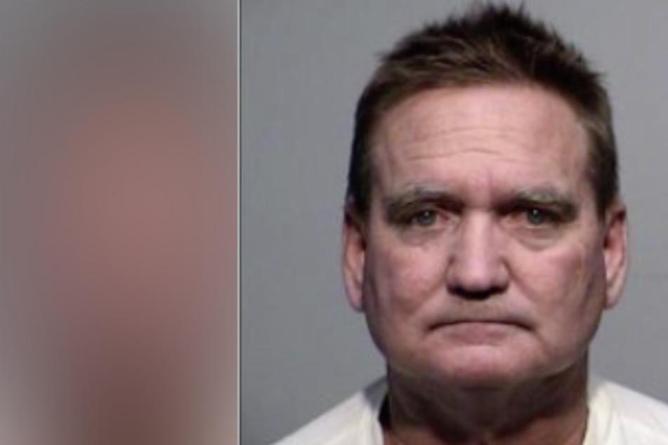 Mann tötet seine Frau, dann geht er zur Polizei