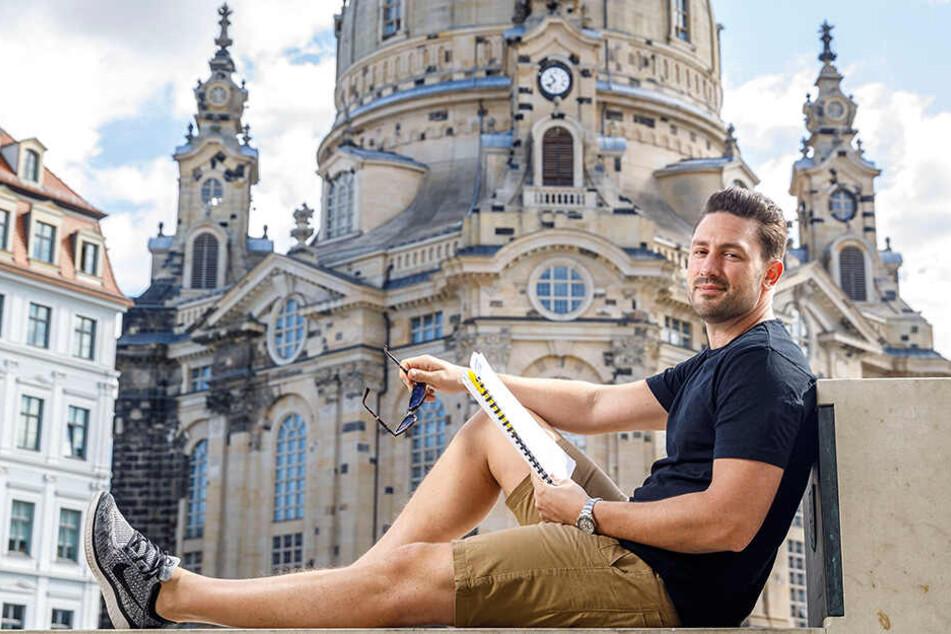 """Daniel Völz (34) ist schon jetzt aufgeregt: Am Freitag feiern die """"Spielplatzhirsche"""" mit ihm in einer der Hauptrollen Premiere."""