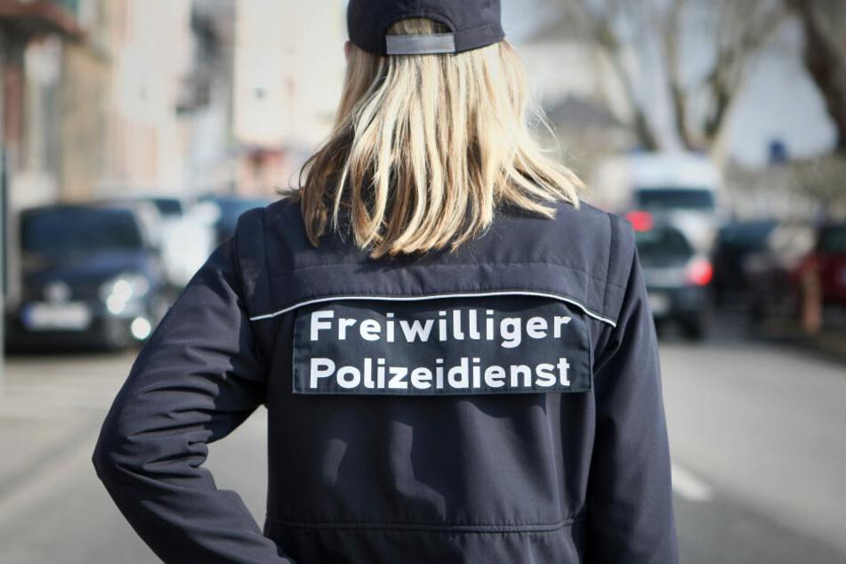 Seit dem Jahr 2000 können Bürger ehrenamtlich bei der Polizei helfen.