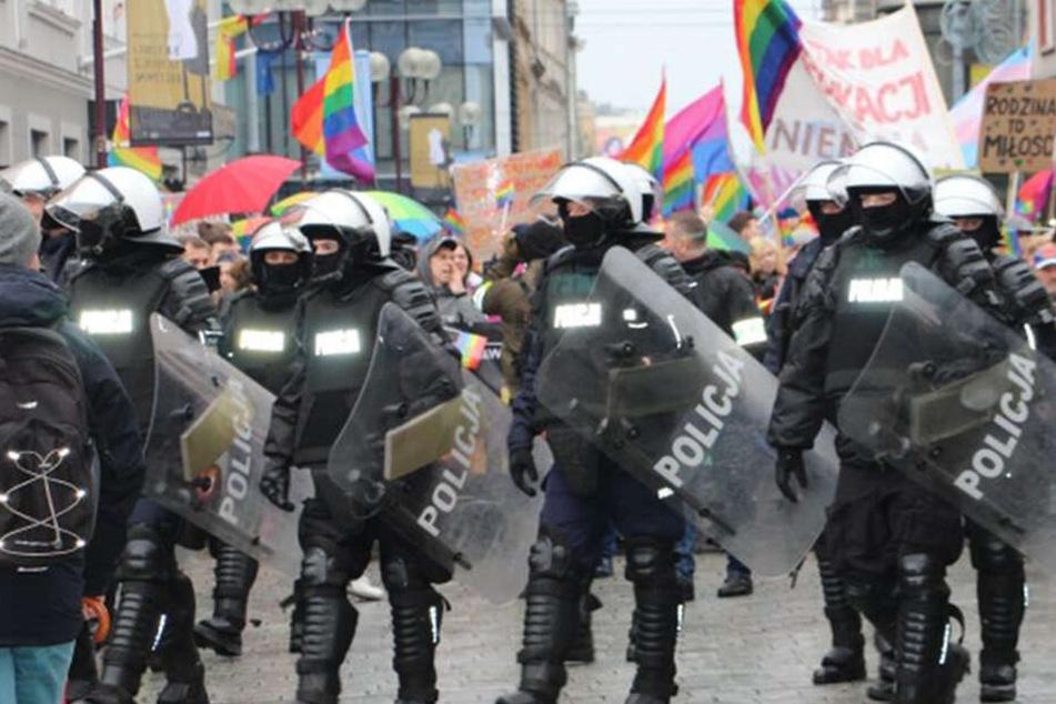 """Messer-Attacke in Breslau: Täter rief """"Allahu Akbar"""", Polizei spricht von """"Terror"""""""