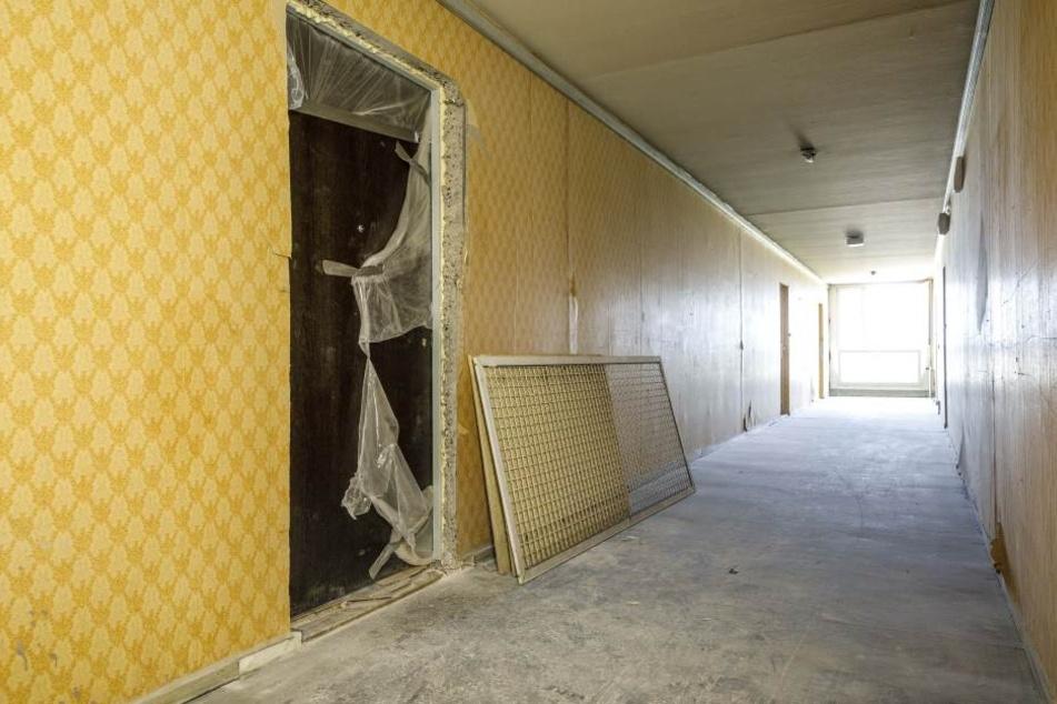 """In der 10. Etage wird immer mal wieder an einer neuen """"Musterwohnung""""  gearbeitet."""