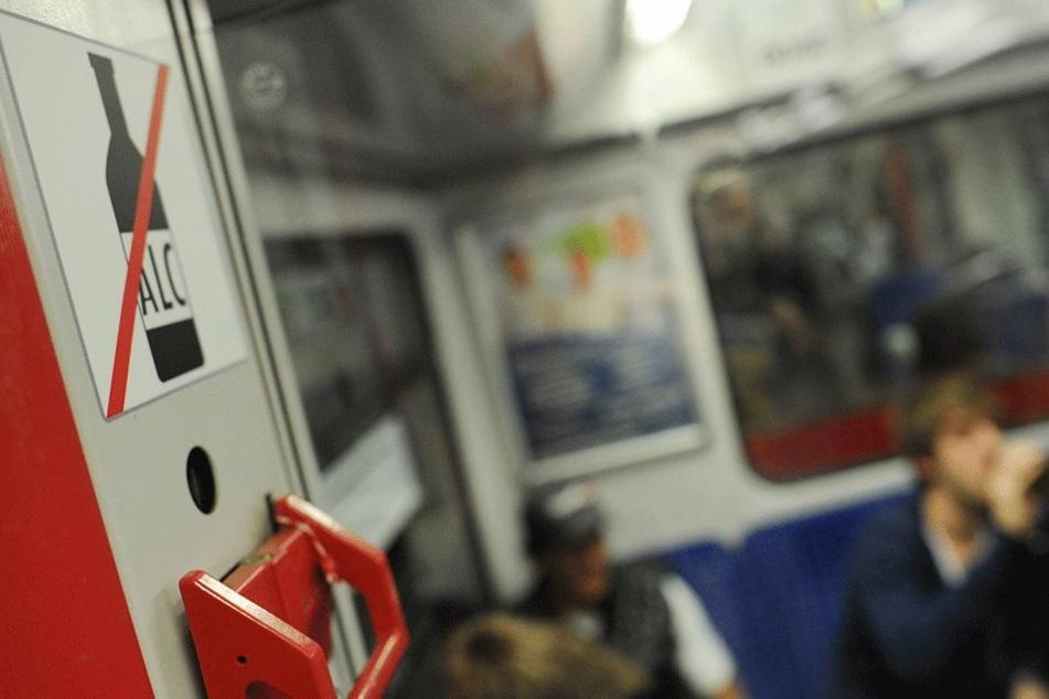 Party im Zug oder nur ein Feierabend-Bierchen? Ganz egal, das kostet bald 40 Euro Strafe.